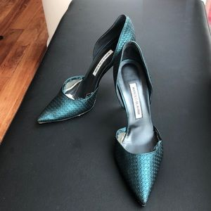 Manolo Blahnik d'Orsay leather Teal pumps, size 39